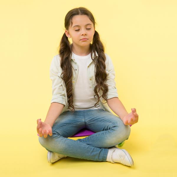 NGYwithAmy-girl-meditation-yoga-kid-600x600-1
